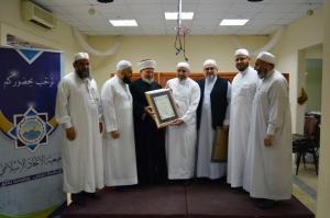 دار القرآن الكريم في لبنان تكرّم د. عادل أبو شعر على هامش ملتقى حفاظ الوحي (2)-007