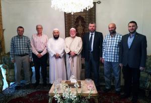 وفد من جمعية الاتحاد الإسلامي في زيارة لرئيس جمعية الإصلاح الإسلامية في طرابلس-001