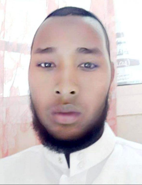 دار القرآن الكريم تجيز عبر سكايب الأخ عثمان بن محمد المعلم من الصومال بقراءة عاصم