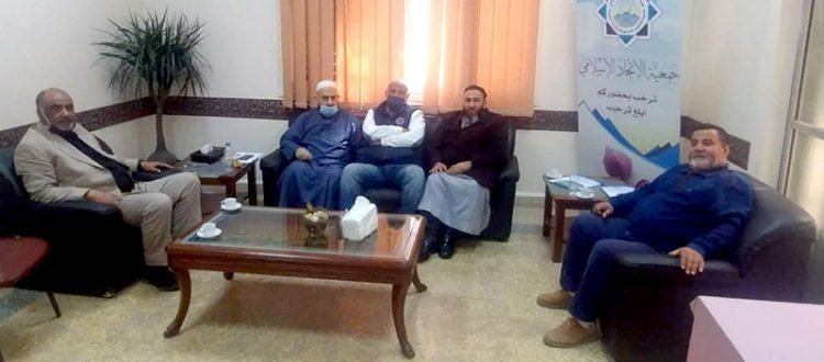 وفد من لجنة مجمع القدس الخيري يزور جمعية الاتحاد الإسلامي
