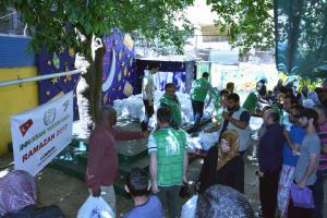 مؤسسة نماء: توزيع 300 طرد غذائي بالتعاون مع IHH-003