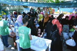 مؤسسة نماء: توزيع 300 طرد غذائي بالتعاون مع IHH-005