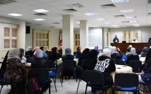 الحجاب.. إلى برّ الأمان - لقاء مع الشيخ حسن قاطرجي-004