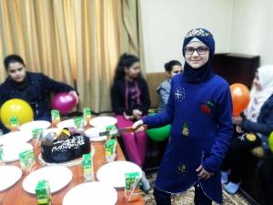 جيل القرآن في طرابلس يحافل بالطالبة عبير إدلبي لارتدائها الحجاب