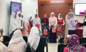حفل تخريج المهتديات الفلبينيات (2) في المنتدى للتعريف بالإسلام-002