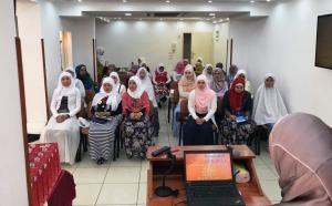 حفل تخريج المهتديات الفلبينيات (2) في المنتدى للتعريف بالإسلام-004