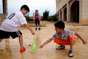 عالمي الصيفي (i guide summer camp) خمس أسابيع من المرح والفائدة بأحدث الأساليب التعليمية التشاركية