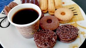 لحظة.. أنا هنا، دردشة نسائية وفنجان قهوة مع الأخصائية النفسية أ. هدى قدّورة في صيدا