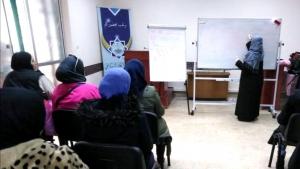 بشراكِ أم اليتيم (2).. محاضرة تفاعلية لأمهات مؤسسة نماء في بيروت مع المستشارة الأسرية أ. فاطمة رمضان