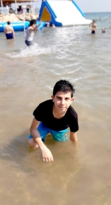 رحلة مائية لطلاب #عالم_الفرقان في طرابلس إلى شاطئ المنية