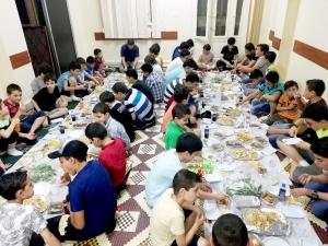 كونوا ربّانيّين.. الإفطار السنوي لطلاب عالم الفرقان في طرابلس