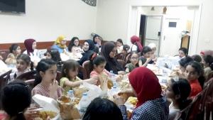 إفطارنا أحلى بلمّتنا.. الإفطار الرمضاني السنوي لطالبات عالم الفرقان في طرابلس