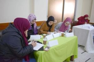 نقطة انطلاق.. دورة للجنة المرأة والأسرة - حنايا في طرابلس مع أ. فاطمة رمضان
