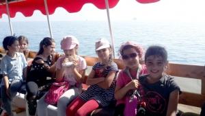 نشاط ترفيهي إلى الميناء لطالبات (صيفي مع الفرقان) في طرابلس